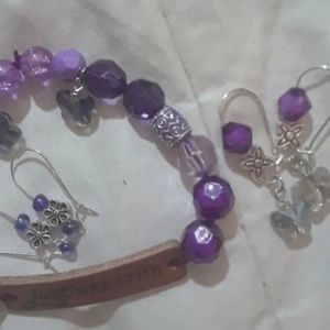 New boutique bracelet and earrings